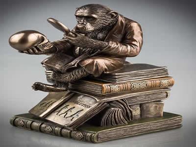 مەیموونەکەی(داروین) و داینەسوڕەکەی (مەلا مەزهەر) … پاڤین ڕەمەزان