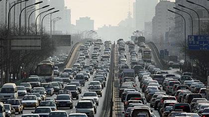 ئۆتۆمبیل, ئامرازێكی مهترسیدار بۆ  ژیانی مڕۆڤ … ئهحمهد كامهران